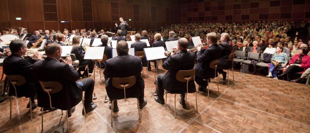 2094|898|Unbekannt|Paradekonzert im Kornhaus ...